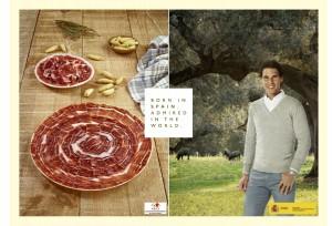 Figuras de la marca España sin detalles con el Magrama